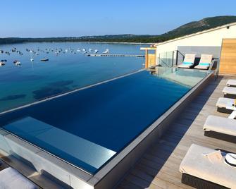 Le Pinarello - Sainte-Lucie-de-Porto-Vecchio - Pool