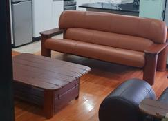 Executive Apartment - Suva - Sala de estar