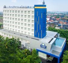 Days Hotel & Suites by Wyndham Jakarta Airport