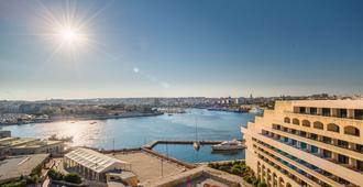 Grand Hotel Excelsior - Valletta - Näkymät ulkona