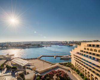 Grand Hotel Excelsior - Valletta - Buiten zicht