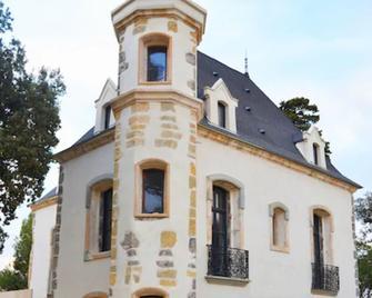 Domaine Tarbouriech - Marseillan - Building