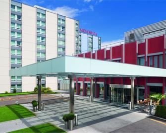Mövenpick Hotel Zürich Airport - Opfikon - Gebouw