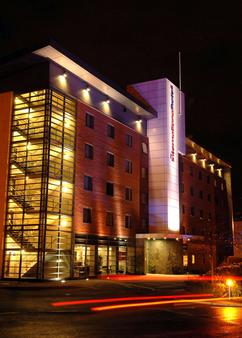 International Hotel Telford - Telford - Building
