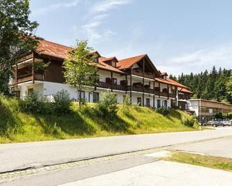 Hotel Mitterdorf - Mitterfirmiansreut - Building
