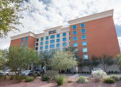 Drury Inn & Suites Phoenix Happy Valley - Phoenix - Rakennus