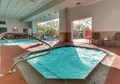 Drury Inn & Suites Phoenix Happy Valley - Φοίνιξ - Πισίνα