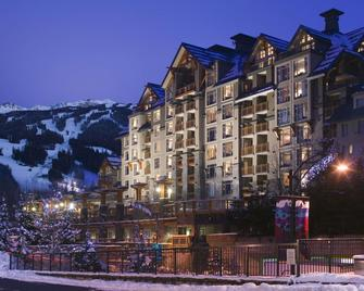 Pan Pacific Whistler Village Centre - Вістлер - Building