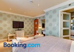 Number One South Beach - Blackpool - Bedroom