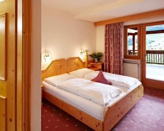 Zum Loewen-al Leone - Mölten - Bedroom