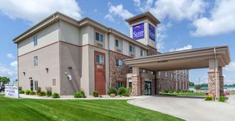 Sleep Inn and Suites Devils Lake - Devils Lake