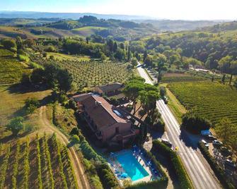 Hotel Le Colline - San Gimignano - Outdoor view