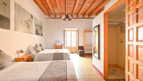 Hotel Meson Cuevano - Guanajuato - Bedroom
