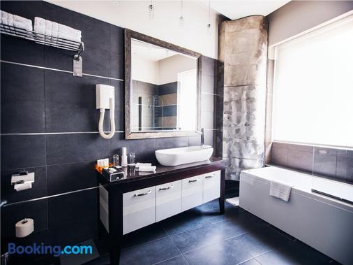 Boutique Garni Hotel Townhouse27 - Belgrade - Bathroom