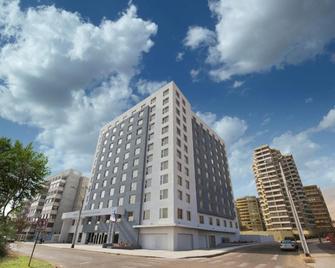 Hotel Diego de Almagro Iquique - Iquique - Edificio
