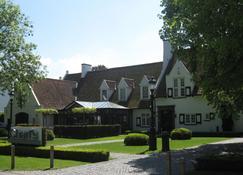 Charl's - Knokke Heist - Κτίριο