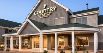 Country Inn & Suites by Radisson, Chippewa Falls - Chippewa Falls