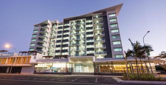Oaks Mackay Rivermarque Hotel - Mackay - Building