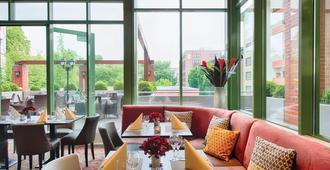 Leonardo Hotel Mannheim City Center - מנהיים - מסעדה