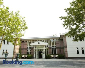 Restaurant Hotel Merlet - Schoorl - Edificio
