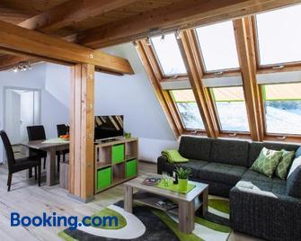 Ferienwohnungen Schwabenhof - Schramberg - Living room