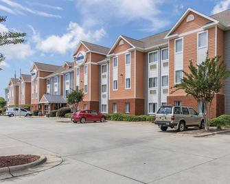 Suburban Extended Stay Hotel Naval Base Area - Pensacola - Gebouw