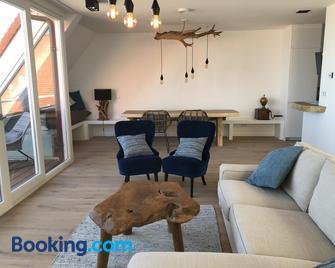 Penthouse in Badhuis Cadzand - Cadzand - Living room