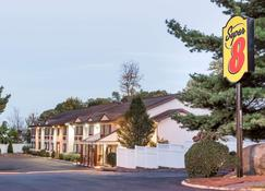 Super 8 by Wyndham Nyack NY - Nyack - Building