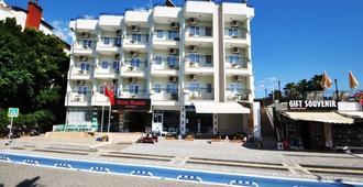 Reis Maris Hotel - Marmaris - Building