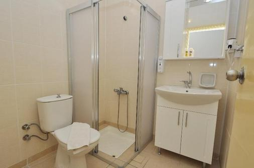 Reis Maris Hotel - Marmaris - Bathroom