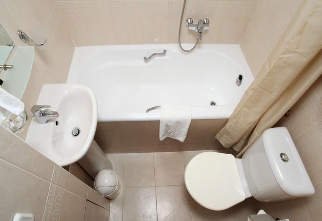 Premier Hotel Rus - Kyiv - Phòng tắm