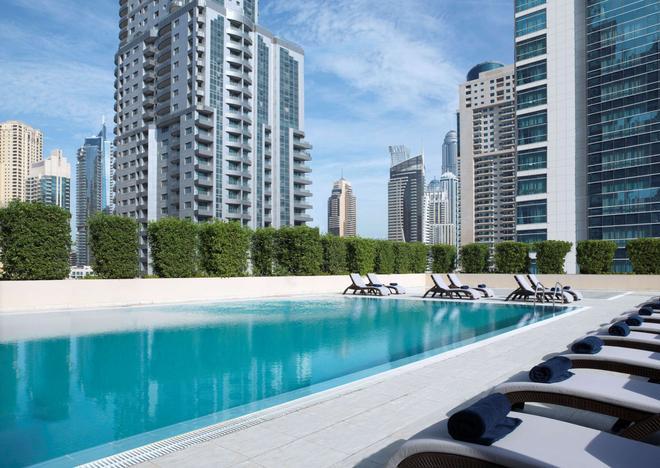 The Radisson Blu Residence, Dubai Marina - Dubai - Pool