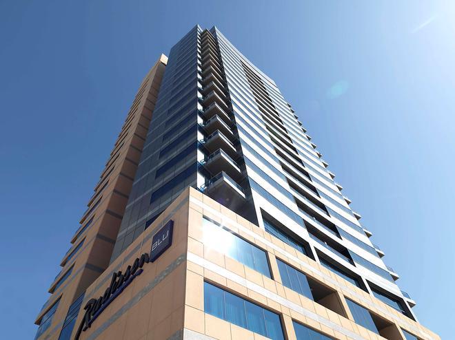 The Radisson Blu Residence, Dubai Marina - Dubai - Building