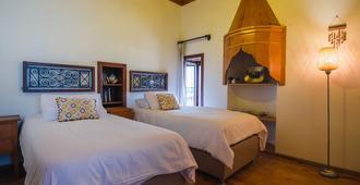 Hotel Villa Turka - אלניה - חדר שינה