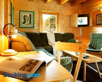 Farm Stay Pirc - Лашко - Living room