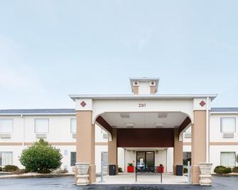 Red Roof Inn Plus+ Danville, Ky - Danville - Building