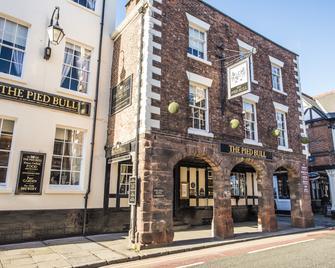 The Pied Bull - Chester - Toà nhà
