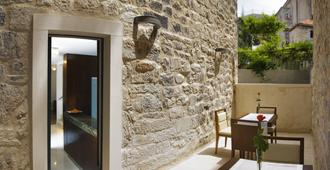 Hotel Vestibul Palace - Split - Balcony