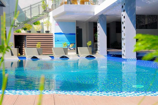 Eloisa Royal Suites - Lapu-Lapu City - Piscina
