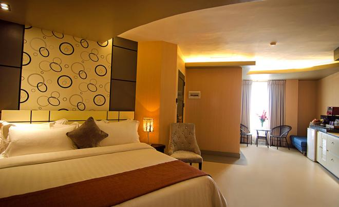 Eloisa Royal Suites - Lapu-Lapu City - Camera da letto