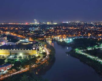 Novotel Tangerang - Tangerang City - Outdoors view