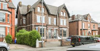 Hala Guest House - Manchester - Building