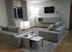 Hotel Albergaria Borges - Chaves - Living room