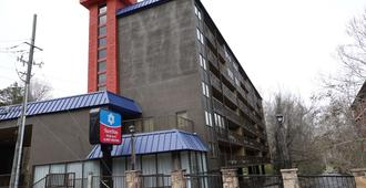 SureStay Plus Hotel by Best Western Gatlinburg - Gatlinburg - Bâtiment