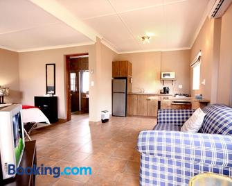 Kweekkraal Guest Farm - Riversdale - Living room