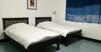 i Sabai at JomSwan Hostel Phrae - Phrae - Habitación