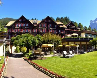 Romantik Hotel Schweizerhof - Grindelwald - Building