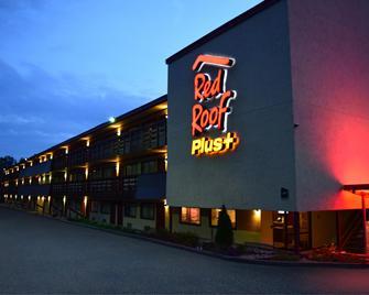 Red Roof Inn Plus+ Pittsburgh East - Monroeville - Monroeville (Pensylvánie) - Budova
