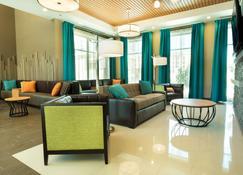 Pear Tree Inn San Antonio Airport - San Antonio - Living room