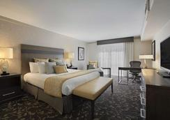 Embassy Suites by Hilton Napa Valley - Napa - Makuuhuone